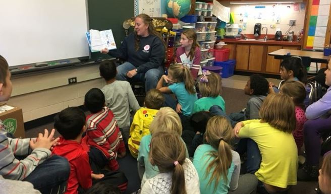 mystery readers reading to students